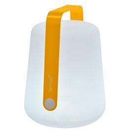 Medově žlutá venkovní lampa Fermob Balad 25 cm